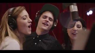 Forever Young -  Augusto Schuster, Daniela Castillo y Josefina Fiebelkorn thumbnail