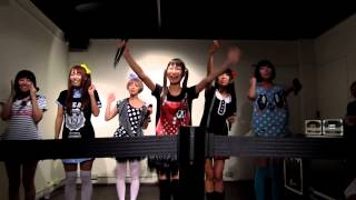 「STAY REAL CAFE」在地下一樓 會舉辦mini LIVE (2012.11.09) 全程 CANO...