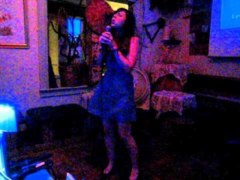 Jessica sings Wuthering Heights by Kate Bush (Karaoke 2011-08-23)