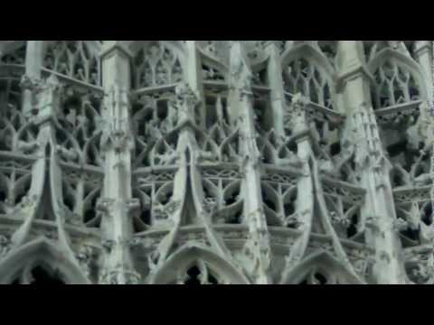 Amiens faces riots. Visages en Amiens with Jean-Baptiste and John the Baptist