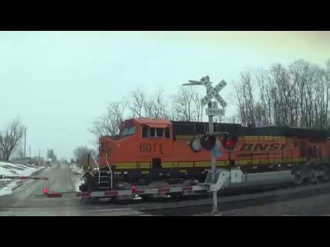BNSF Coal Train Quickly Goes Through Crossing In Agency, Iowa