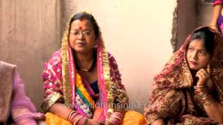 Karva Chauth - Women pray for their husband's long life