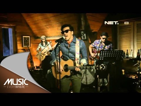 music Everywhere - Naif Band - Posesif **