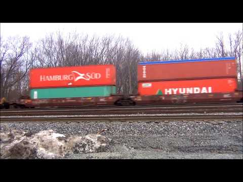Fast CSX Stack Train Hits The Horn