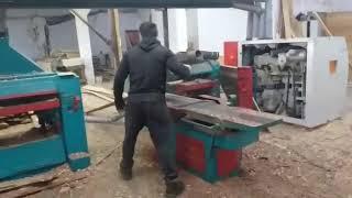 Изготовление необрезной доски из горбыля. A Simple Method Of Making Unedged Boards From Slab.