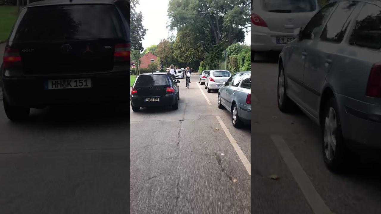 Rad-Info-Tour Lurup Autos vs. Radfahrerin