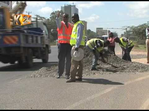 Kenha workers fill up Mombasa road pothole after social media rage