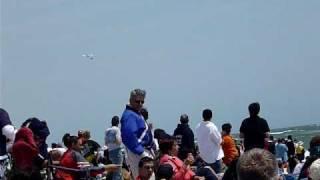 F/A-18 Super Hornet macht die Schallmauer sichtbar // super sonic