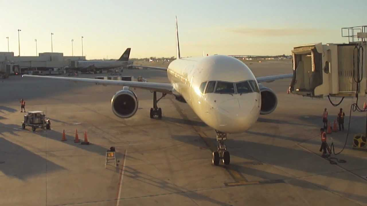 Long Term Parking Fll >> Delta Airlines Boeing 757-300 Parking at Gate C2 (FLL) - YouTube