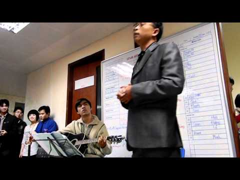 1 đời người 1 rừng cây   chú Hùng guitarist Quang Huy