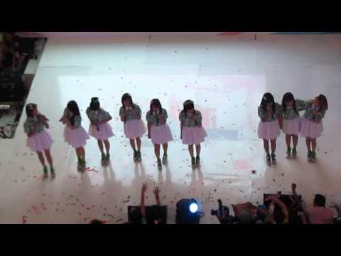 Cherrybelle - Aku Pasti Bisa  @ SPI - Surabaya 310813