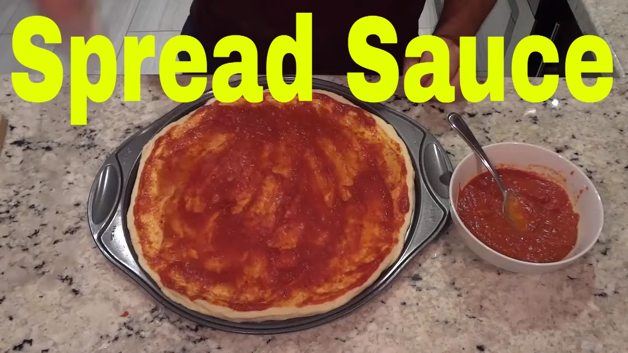 How to Spread Pizza Sauce