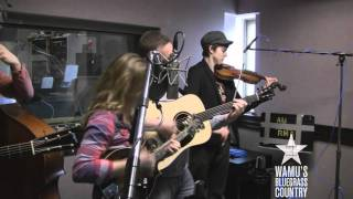 Sierra Hull - Bombshell [Live at WAMU's Bluegrass Country] thumbnail