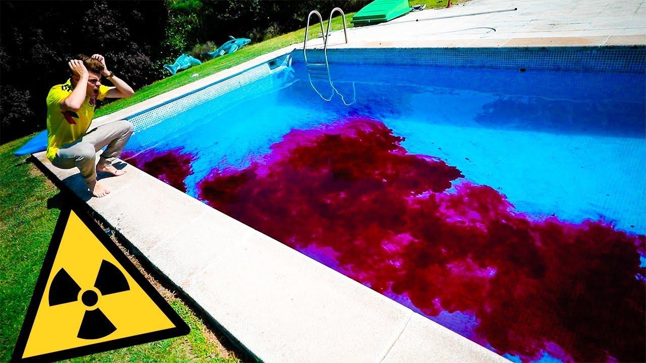 no-esperaba-contaminar-as-la-piscina-se-vuelve-rosa-el-agua-salva