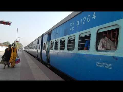 Indian railways : Kacheguda Guntur passenger with a WDM 3A