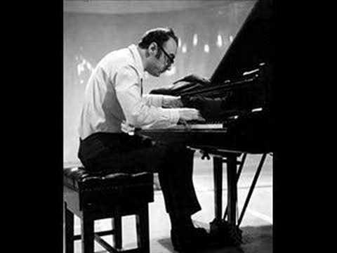 Alfred Brendel plays Beethoven´s Moonlight sonata (3rd mov)