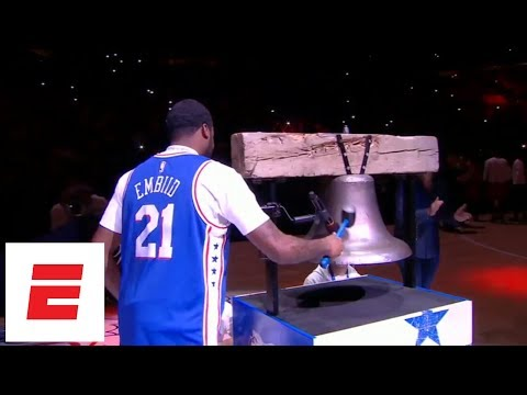 Meek Mill chats with Kevin Hart, rings bell wearing Joel Embiid jersey at 76ers-Heat game | ESPN