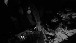 "Aaron Dilloway (live) @ a sea cave 8.14.2014 (full set) ""Humming Of The Night Skull Vol. II"""