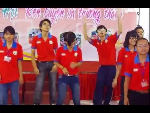 Dân vũ Té nước & Chicken dance - Quận đoàn Tân Bình