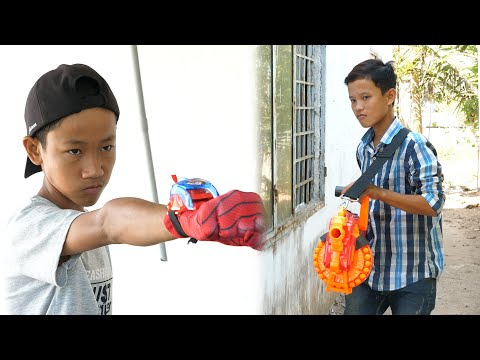 NERF GUN VS ULTIMATE SPIDERMAN HAND BATTLE