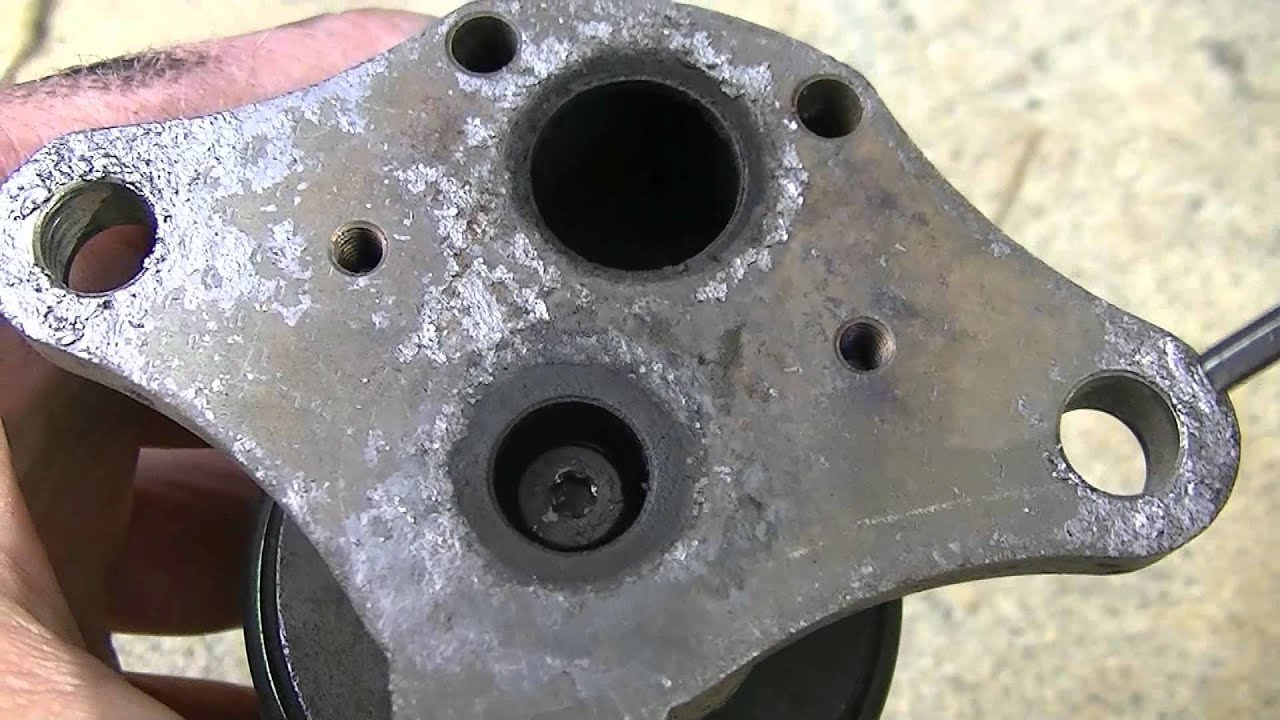 how to clean the egr valve on a gmc safari vortec v engine