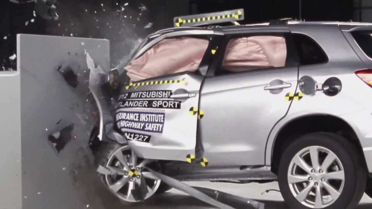 Iihs 2012 mitsubishi outlander sport asx small overlap crash test acceptable evaluation youtube