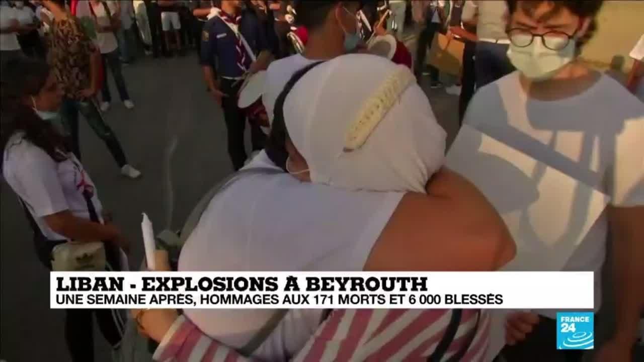 Explosions à Beyrouth : colère et émotion lors de l'hommage rendu aux victimes