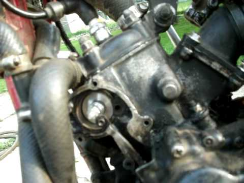 yz125 power valves problem must see - YouTube