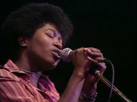 Joan Armatrading Willow Sight and Sound In Concert 1977