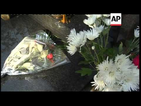 Convoy as Mladic allowed to visit daughter's grave, lawyer reax