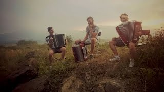 Clean Bandit - Rather Be ft. Jess Glynne cover Crazy Accordion Trio
