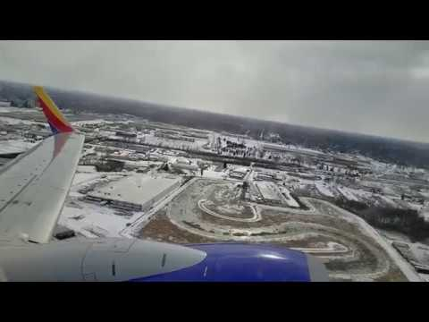 Southwest Airlines Boeing 737-700 (N205WN) Takeoff From Columbus