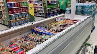 постер к видео   США магазины Продукты ВОДА   цены снижены Америка ЖИТЬ ПРОДОЛЖАЕТСЯ