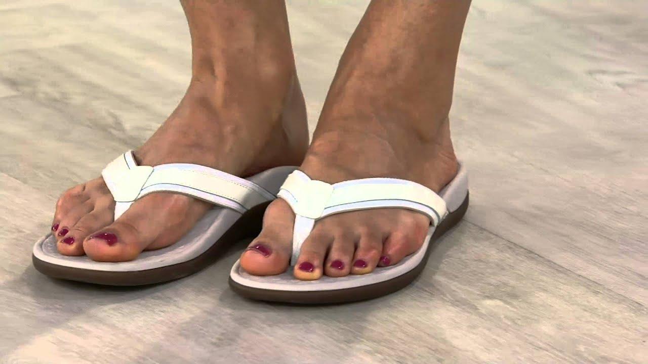 d64d9fedb100 Vionic Orthotic Leather   Mesh Thong Sandals - Tide II on QVC - YouTube