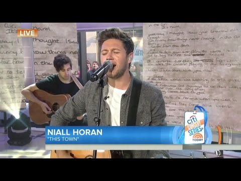 Niall Horan - This Town (Acoustic) | Today...