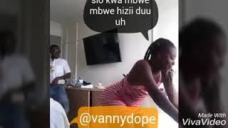 Akimbia na chupi mkononi kwa mauno haya