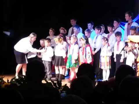 Children learning Ukrainian in Sydney