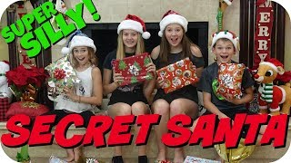 Video SUPER SILLY SECRET SANTA || FT. WE ARE THE DAVISES || Taylor and Vanessa download MP3, 3GP, MP4, WEBM, AVI, FLV Agustus 2018