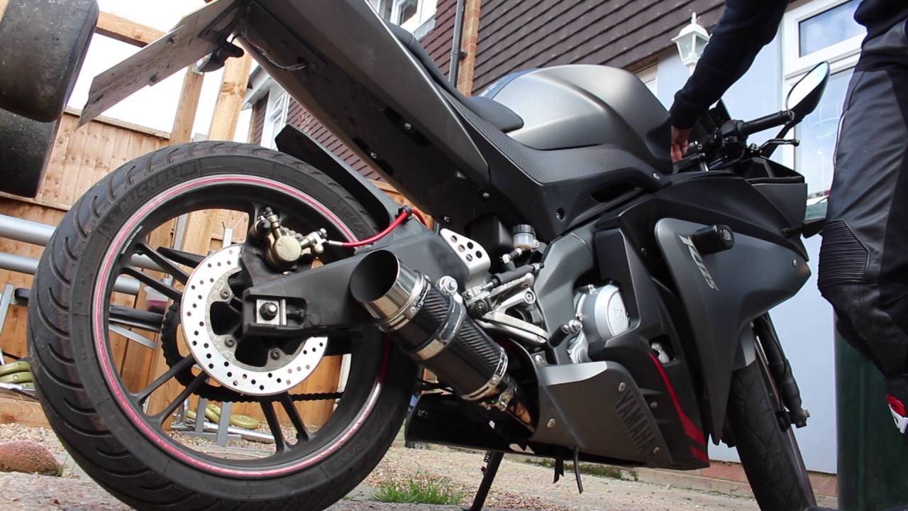 2016 Yamaha R3 >> Yamaha YZF R125 200mm Delkevic Full Exhaust System sound and flyby - YouTube