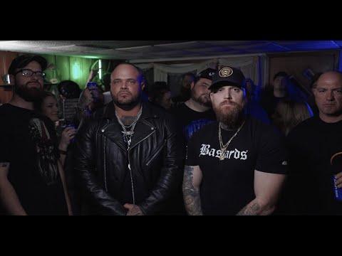 Смотреть клип Adam Calhoun & Struggle Jennings - Droppin Bodies