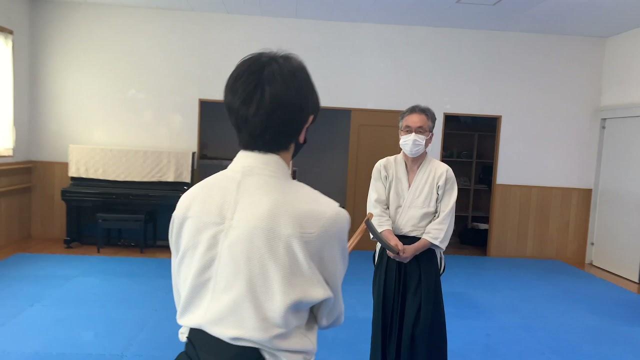 当道場のyouTubeチャンネル「新所沢ちゃんねる」をご覧下さい。