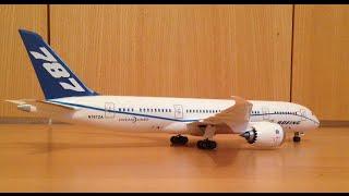 Revell Boeing 787-8 Dreamliner assembly