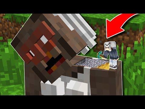KORKUNÇ BÜYÜKANNE'NİN İÇİNDE GİZLİ GEÇİT BULDUM! 😱 - Minecraft