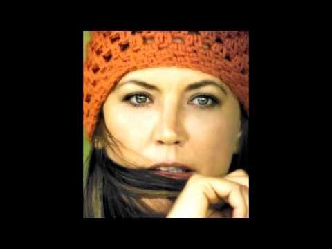 Toni Childs - Revolution
