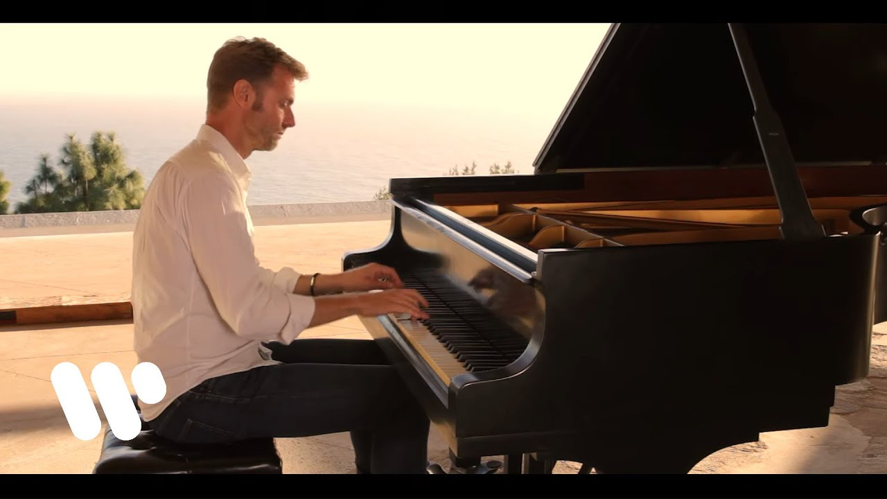 Andrew von Oeyen plays J.S. Bach: Overture in the French Style, BWV 831: VIII. Echo