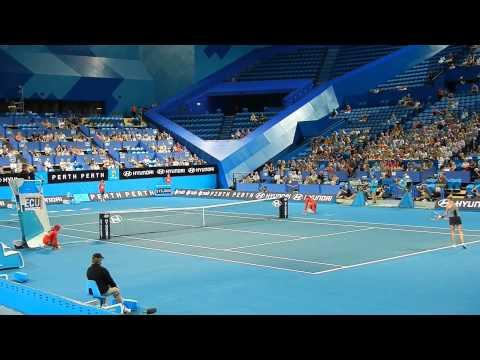 VENUS WILLIAMS vs. MATHILDE JOHANSSON at the Hopman Cup 2013