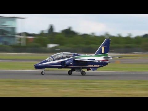 Alenia Aermacchi M-345 takeoff at Farnborough Airshow 2014 CPX619