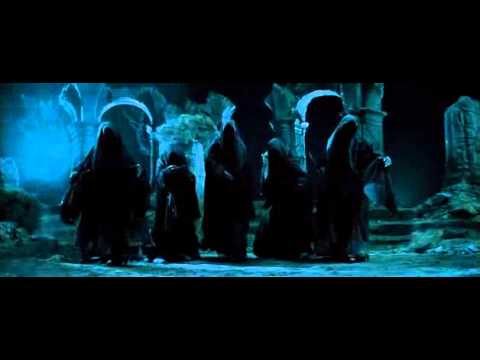 Aragorn vs the Nazgul at Weathertop- Fellowship of the Ring (2001) Clip