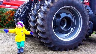 Cars videos for Children Building with Tractor truck excavator
