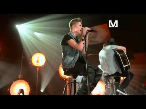 Die In Your Arms Acoustic - Live and Intimate Justin Bieber